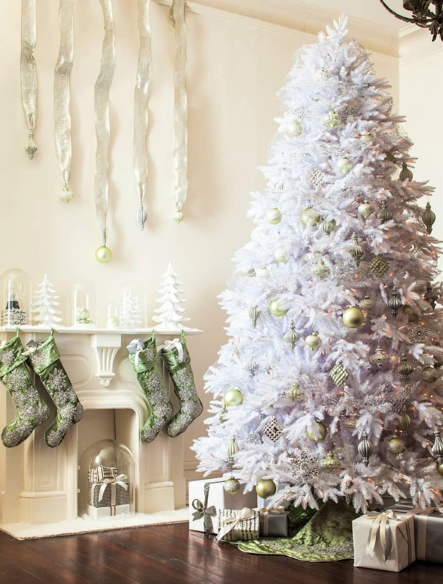 valkoinen joulukuusi JOULUKUUSI VALKOINEN LUXUS 240cm Tuuhea ja todella hieno  valkoinen joulukuusi